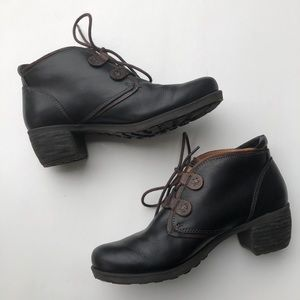 Pikolinos Le Mans Leather Lace Up Ankle Booties